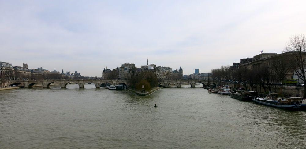 070315_lineharbak_snaps_Paris02